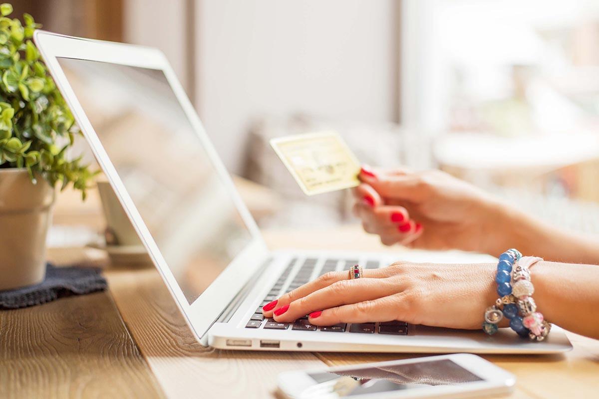 Кредит без посещения банка на лояльных условиях в Groshi247